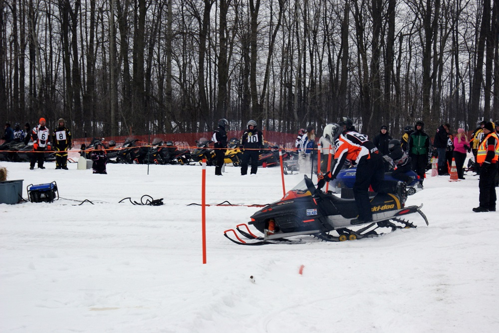 Osgoode Carleton Snowmobile Trail Club Drag Races